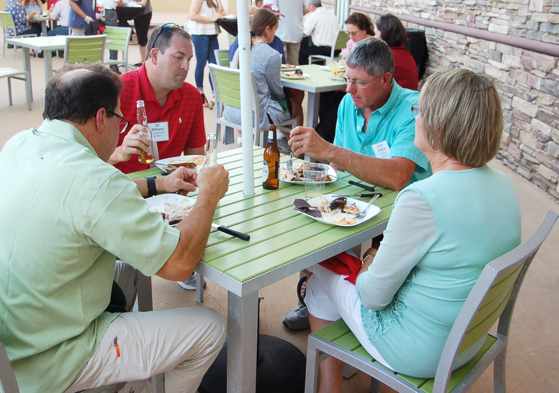 Joe Kessie, Lake City Bank, Warsaw, IN, at left, is joined at dinner by Ed Elfmann, American Bank- ers Association, Washington, D.C. and Michael and Cheryl Dubs, Johnson and Associates, Sterling, CO.